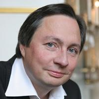 ヴォルフラム・リーガー(ピアノ) Wolfram Rieger, piano
