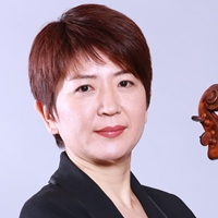 Tomomi Shinozaki