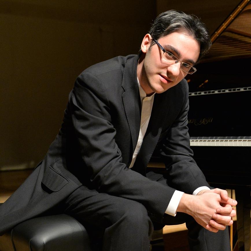 アレクサンデル・ガジェヴ(ピアノ)