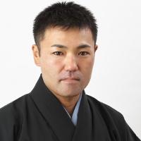 新垣俊道(歌三線)