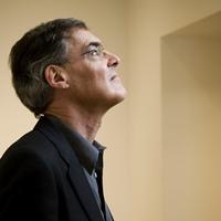 ロジャー・ヴィニョールズ(ピアノ)Roger Vigholes,Piano