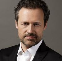 サッシャ・ゲッツェル(指揮)Sascha Goetzel, Conductor