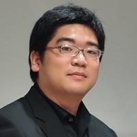 鈴木慎崇(ピアノ)Yoshitaka Suzuki, Piano