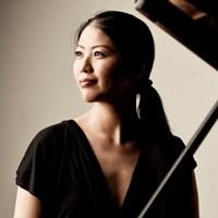 菊池洋子(ピアノ)